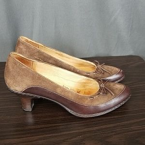 3 for $10- Sofft heels size 8N